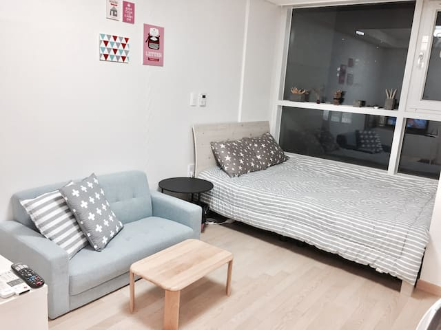 (3)OPEN SALE//New cozy room; center of Seomyeon