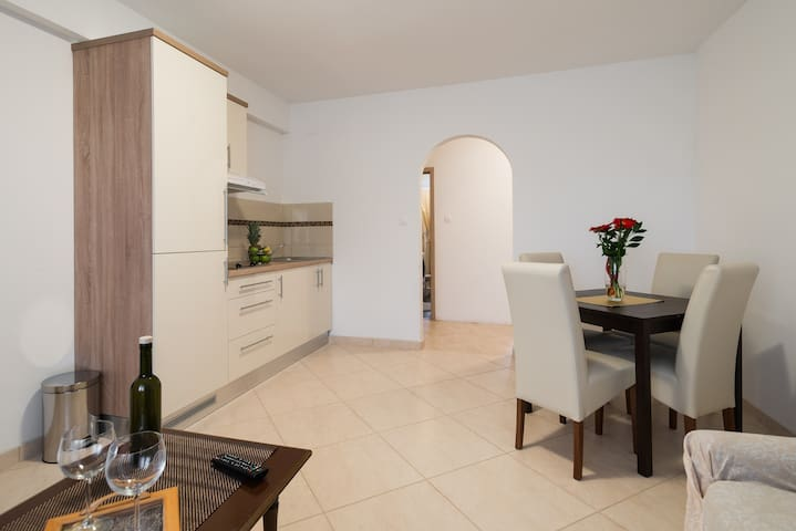Apartman DESIDERIO - Buzet - Lägenhet