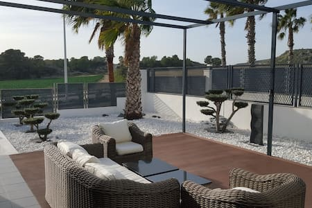 La Finca Golf Lux.Modern Villa /Terrace and Garden - Algorfa