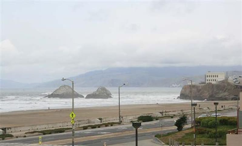 Awesome Ocean View -1  BR & 1 BA