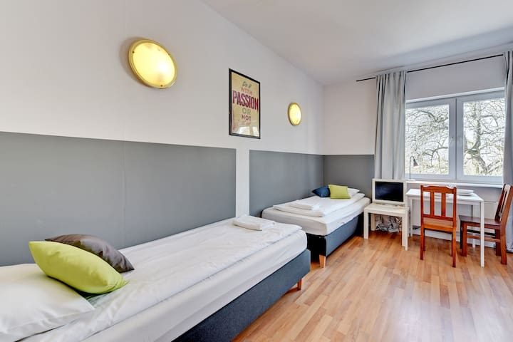 Nice Rooms - double room with shared bathroom