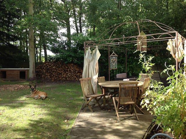 Maison charmante avec piscine/sauna - Adainville - Hus