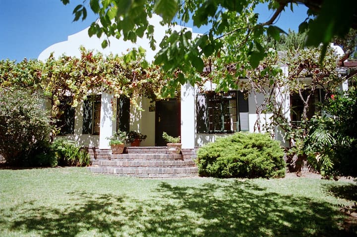 Cape Links - 2 bedrooms in the guest house