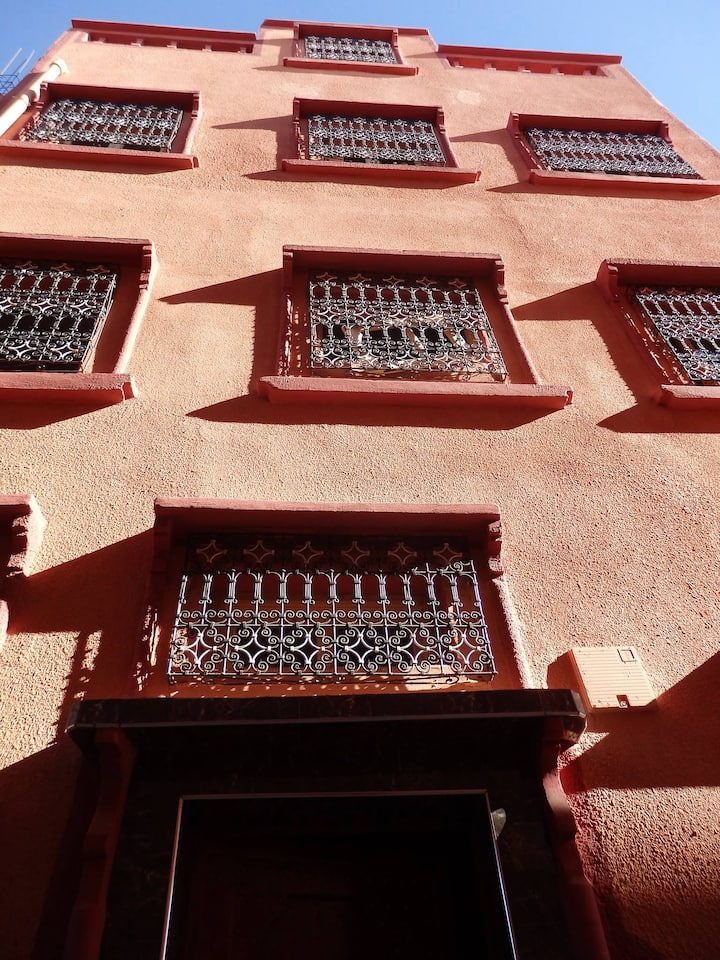 Fully furnished apartment near theTaourirt Kasbah.