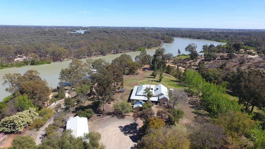 The Pines River Escape Accommodation Paringa SA