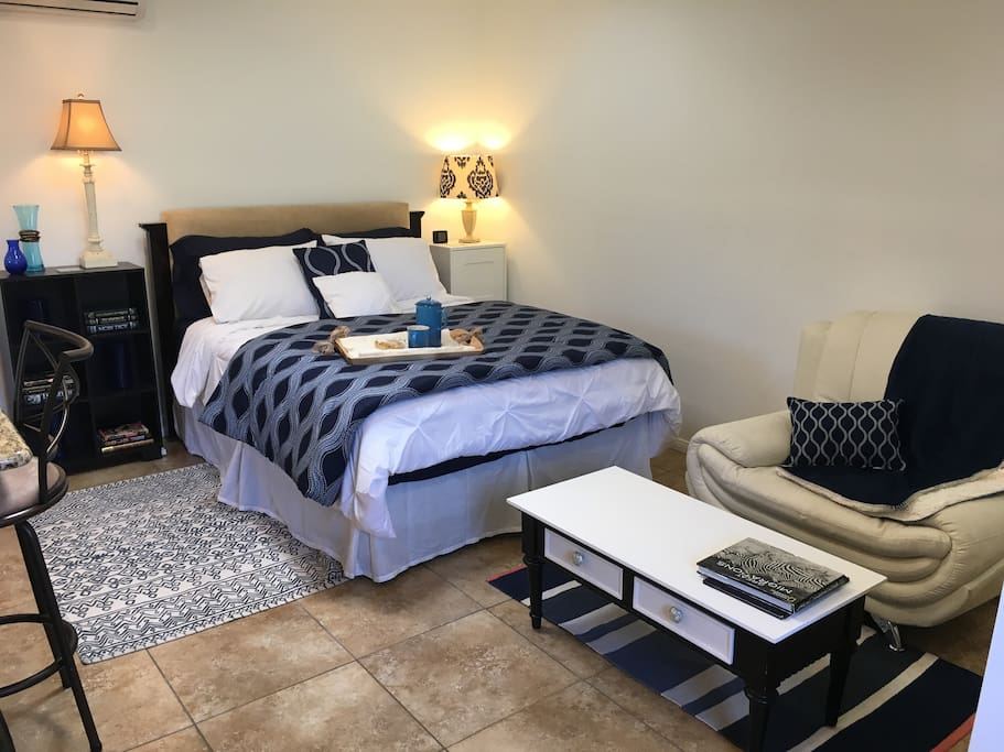 Features a new Queen bed, comfortably sleeping two. And a large double wide closet.
