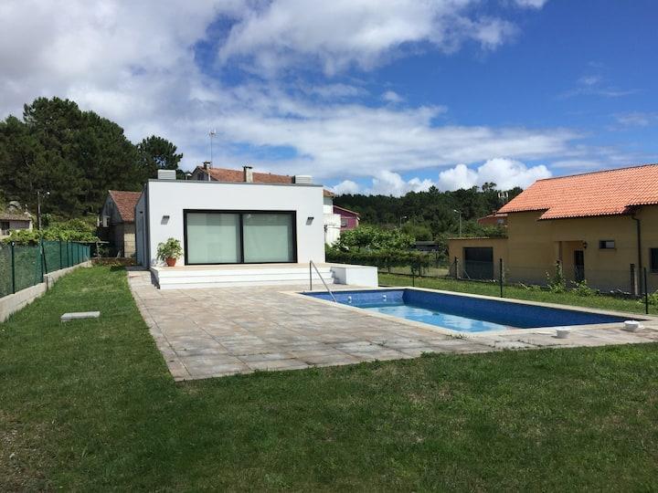 Casa Nueva con Piscina en San Vicente