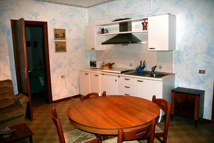 Bilocale arredato - Baraggia - Appartamento