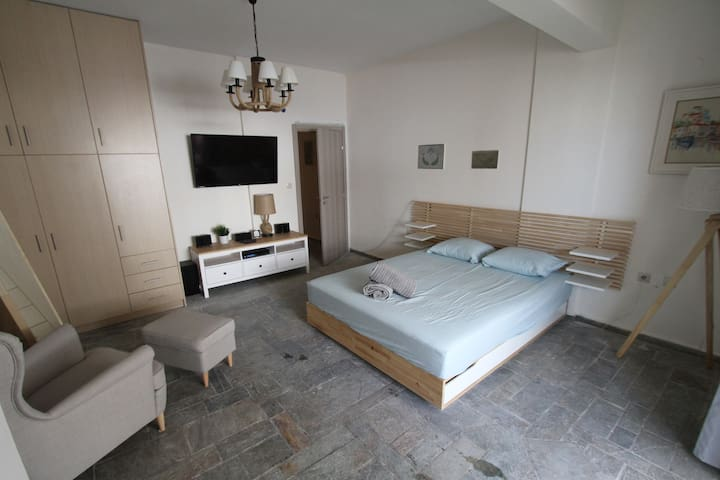 Master bedroom and technologies