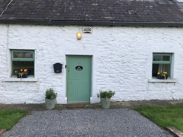 Traditional Irish Cottage in Co Meath