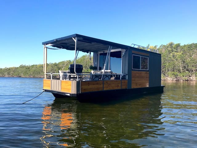 The Blue Marlin - Private, Anchored Out Houseboat