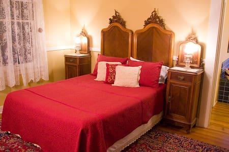 2 BDRM SUITE w JACUZZI (CABERNET SUITE) - Sonora - Bed & Breakfast
