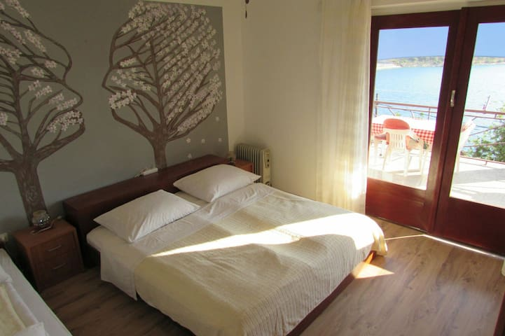 Bedroom with sea view