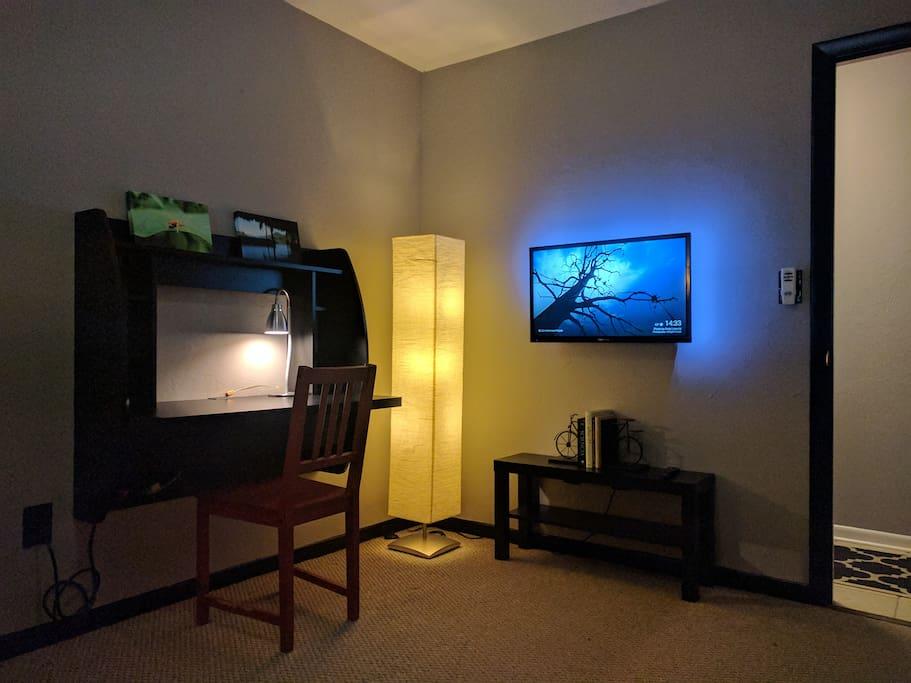 Bedroom threedux