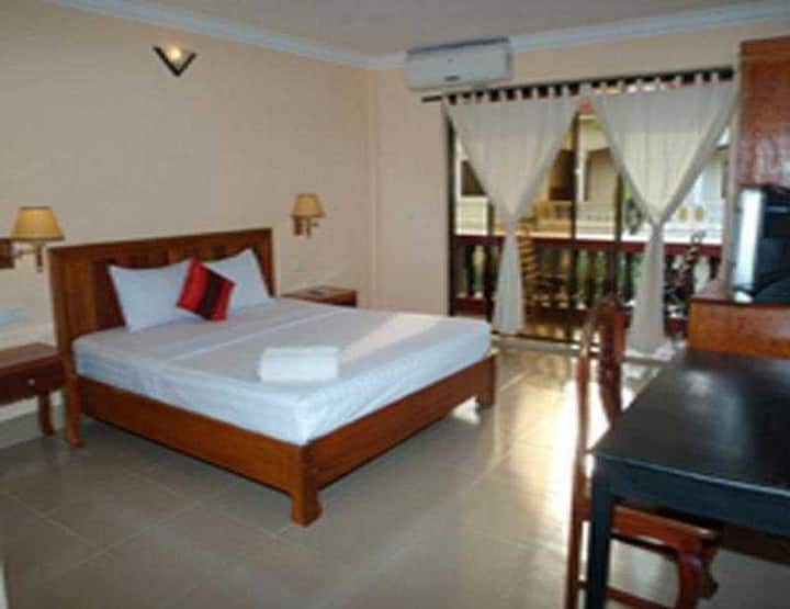 Great Twin Deluxe With Balcony At Siem Reap