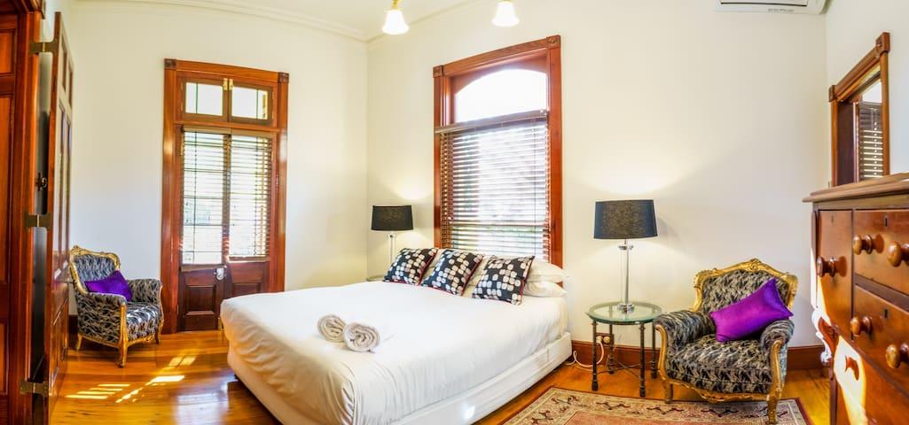 Luxury Suite in Historic Mansion