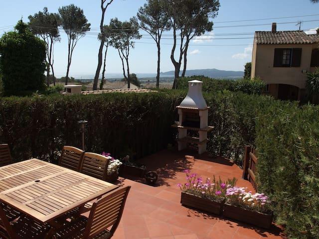 Costa Brava con piscina y jardín HUTG008866 - La Torre Vella - Rumah