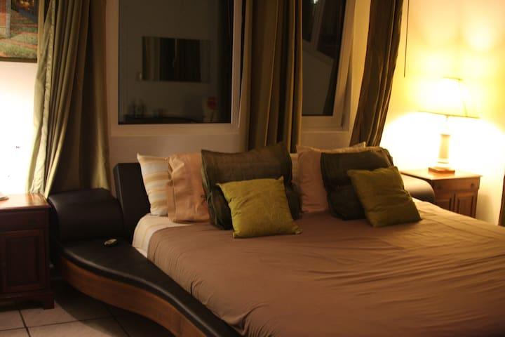 La Ruby 2 Chambre de luxe - SX - Bed & Breakfast