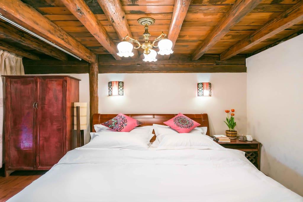 一楼卧室1