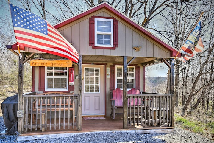 This 1-bed, 1-bath vacation rental is been donned 'Patriot's Retreat!'