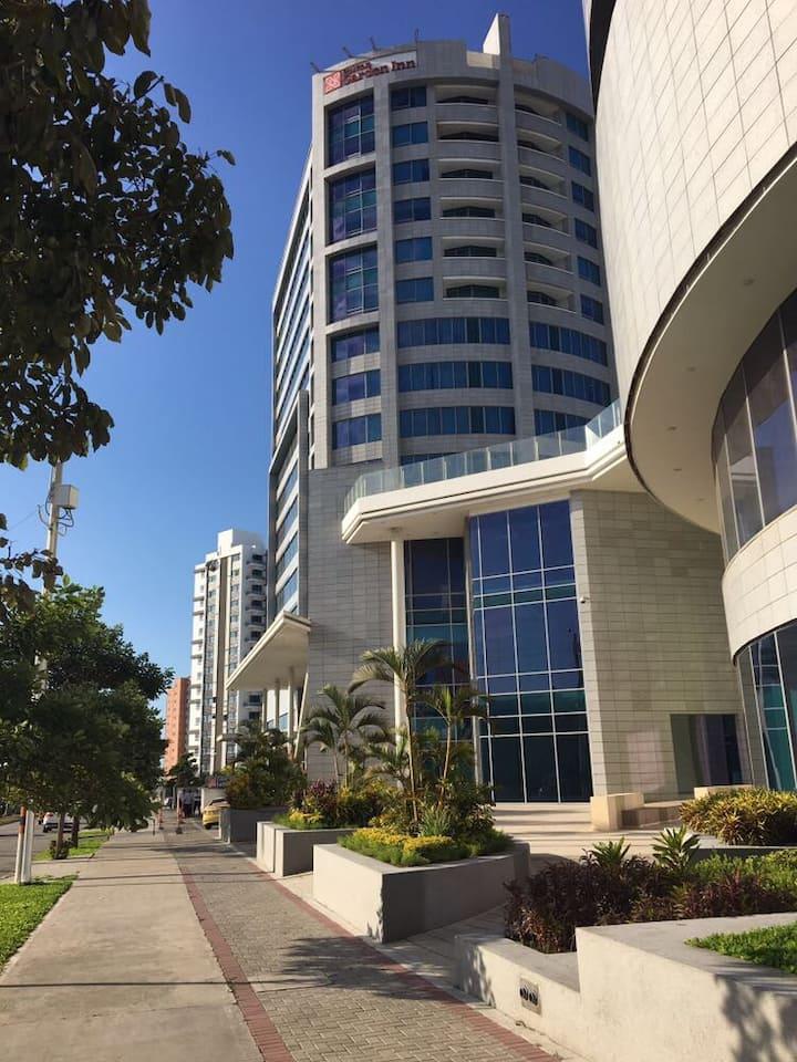 Moderno apartamento en Torre Hotel Hilton Garden