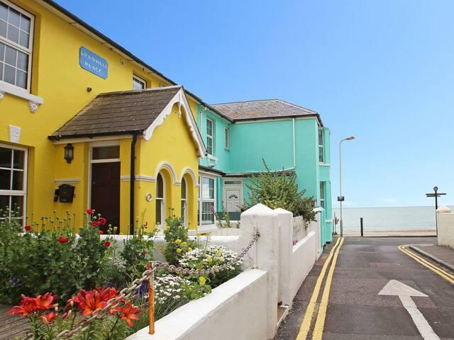 Sea View Cottage (M359918)