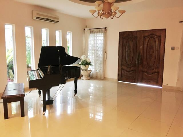 The Botanical Home in Klang--Free Wifi-- - Klang - House