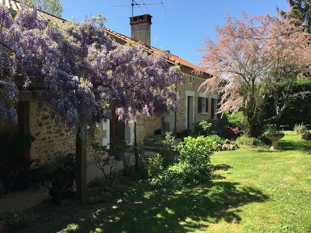 Corps de ferme en Dordogne
