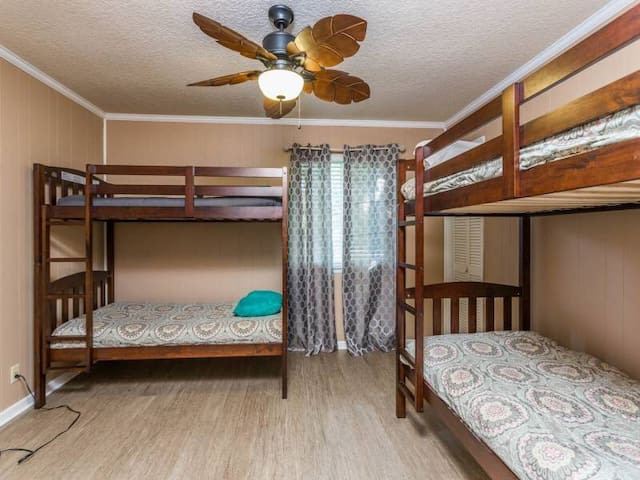 2 bunks in 3rd bedroom. TV in this bedroom as well.