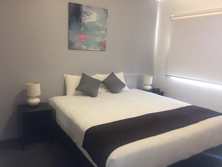 Quiet serviced Apartment in Rockhampton