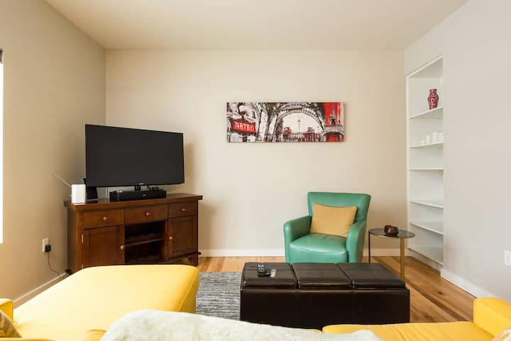 Furnished Downtown Apartment | BSU, Capital