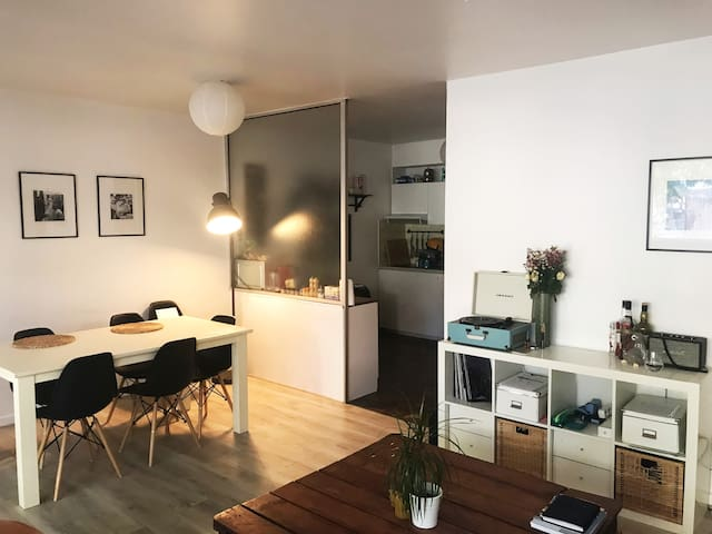 Cosy Apartment in Calm Street