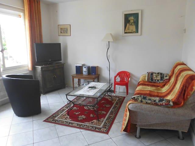 Maison Villebarou 5 mn centre ville de BLOIS - Villebarou - Haus