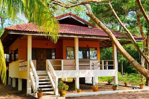 Casa frente a la playa, Chumphon Koh Tao Trip