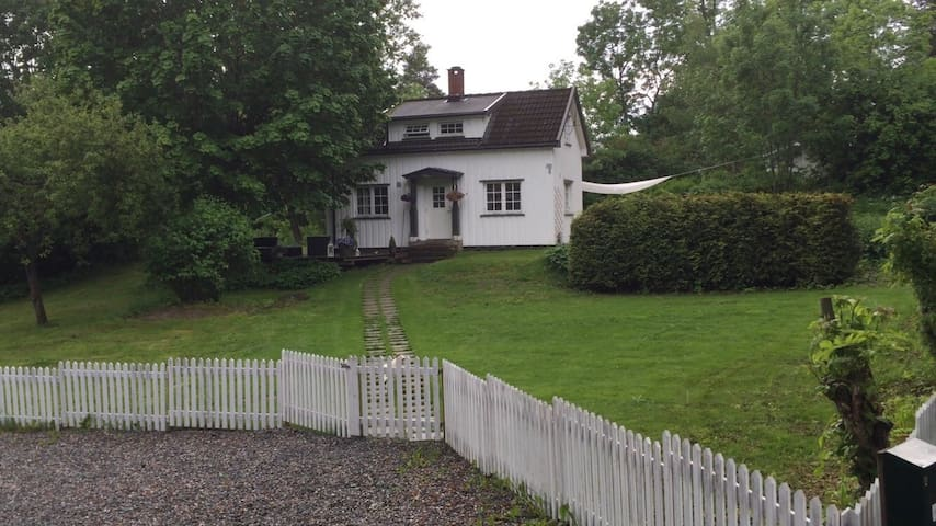 Beautiful and cozy house near Oslo - Nesoddtangen  - Hus