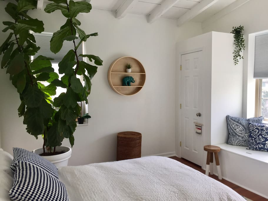 Bedroom 2 (overlooks garden)