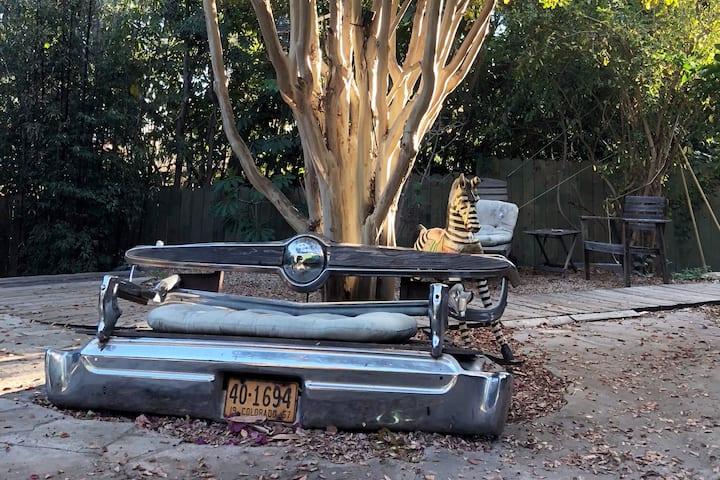 Hollywood Hills Bohemian Beachwood Canyon Villa