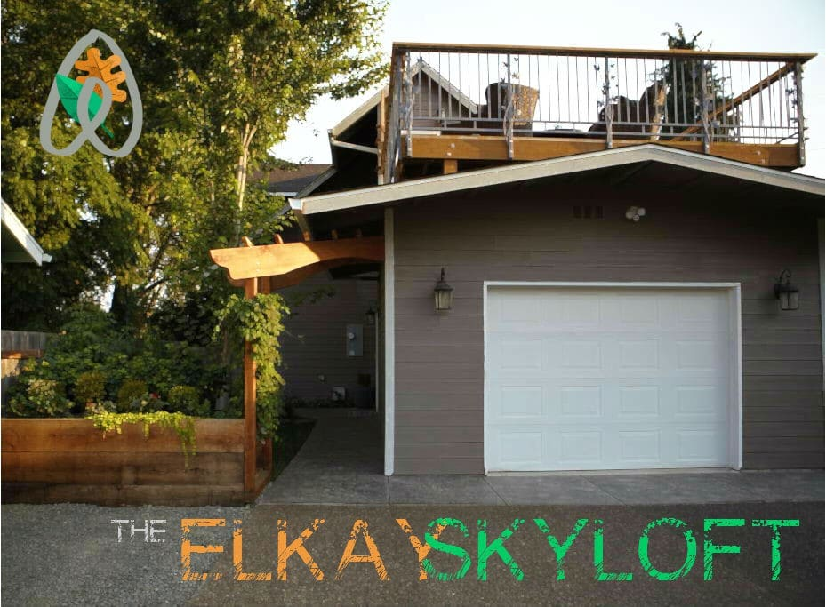 Welcome to the Elkay Skyloft! Here is the front of our house. The second story is the Elkay Skyloft. The separate entrance to the Skyloft is just inside the arbor. Please see the rest of our photos for a virtual tour.