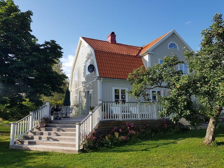 Idyllic villa in the countryside