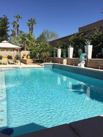 Zen Oasis Pool Home - Palm Desert - House