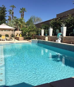 Zen Oasis Pool Home - Palm Desert - Haus
