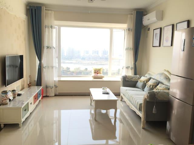 都江堰、青城山邻景区三居室观景公寓 - Chengdu - Apartamento