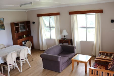 Fully Furnished Top Apartment, Suva