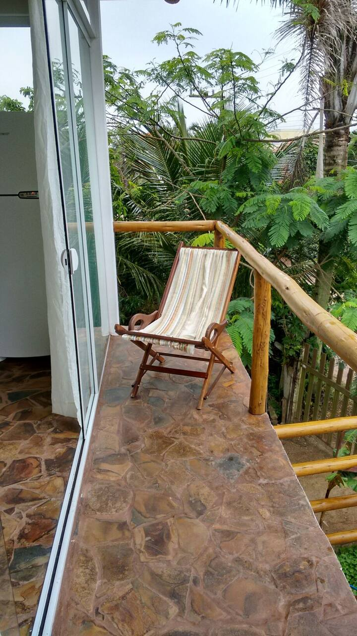 Aconchegante Apto 2 dorm. 200 m  praia do Campeche