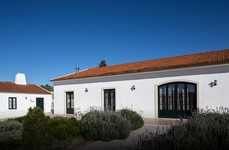Casas de São José - Authentic Luxury - 6 persons