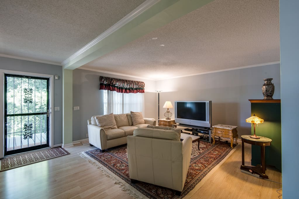 There is a large flat screen TV in the living room to catch up on local events or movie favorites.