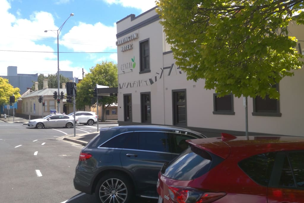 Located by the corner of Myers & Yarra Street Geelong, 400 mt to Westfield - Another 100 metres on to the Water front