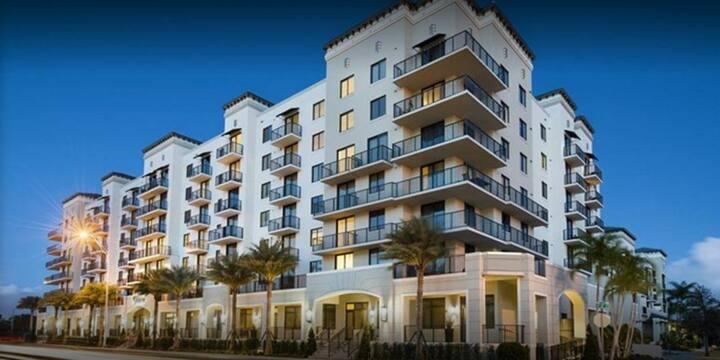 Modern Condo in The Heart Of Miami