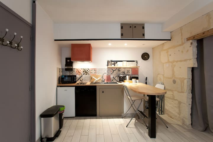 Arlesian studio in the heart of historical center