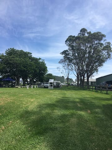 Camp sites at Milton Showground offer shaded grassed areas with amenities, walking distance to Milton's cafes and boutique shopping and a 5 min drive to the best beaches on the coast.   Powered sites from $25/night
